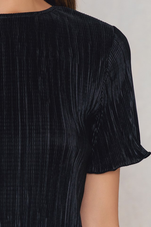 Pleated Shimmery Top Black