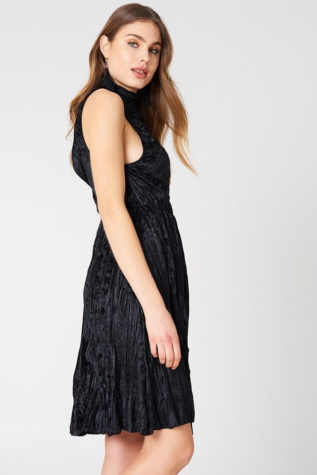 Pleated Velvet High Neck Dress Black