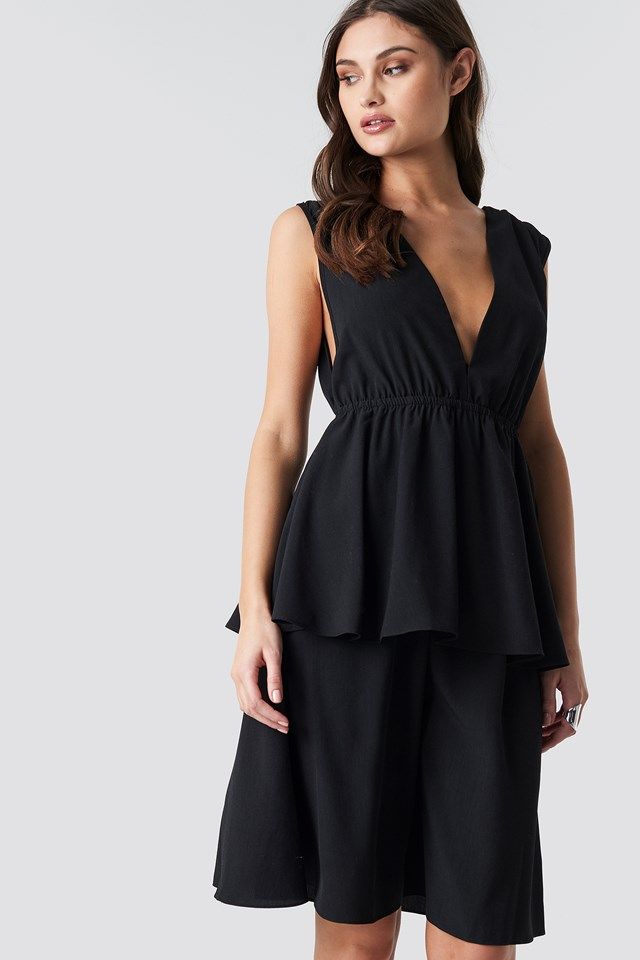 Plunge V-Neck Flounce Dress Black