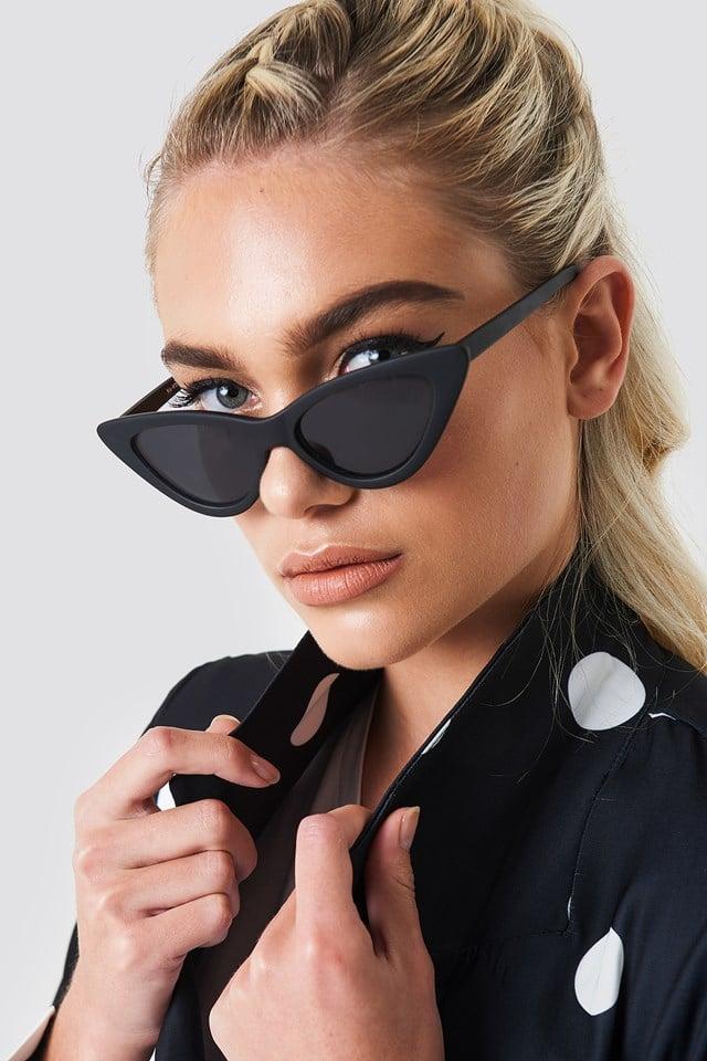 Okulary przeciwsłoneczne Pointy Cat Eye Matte Black