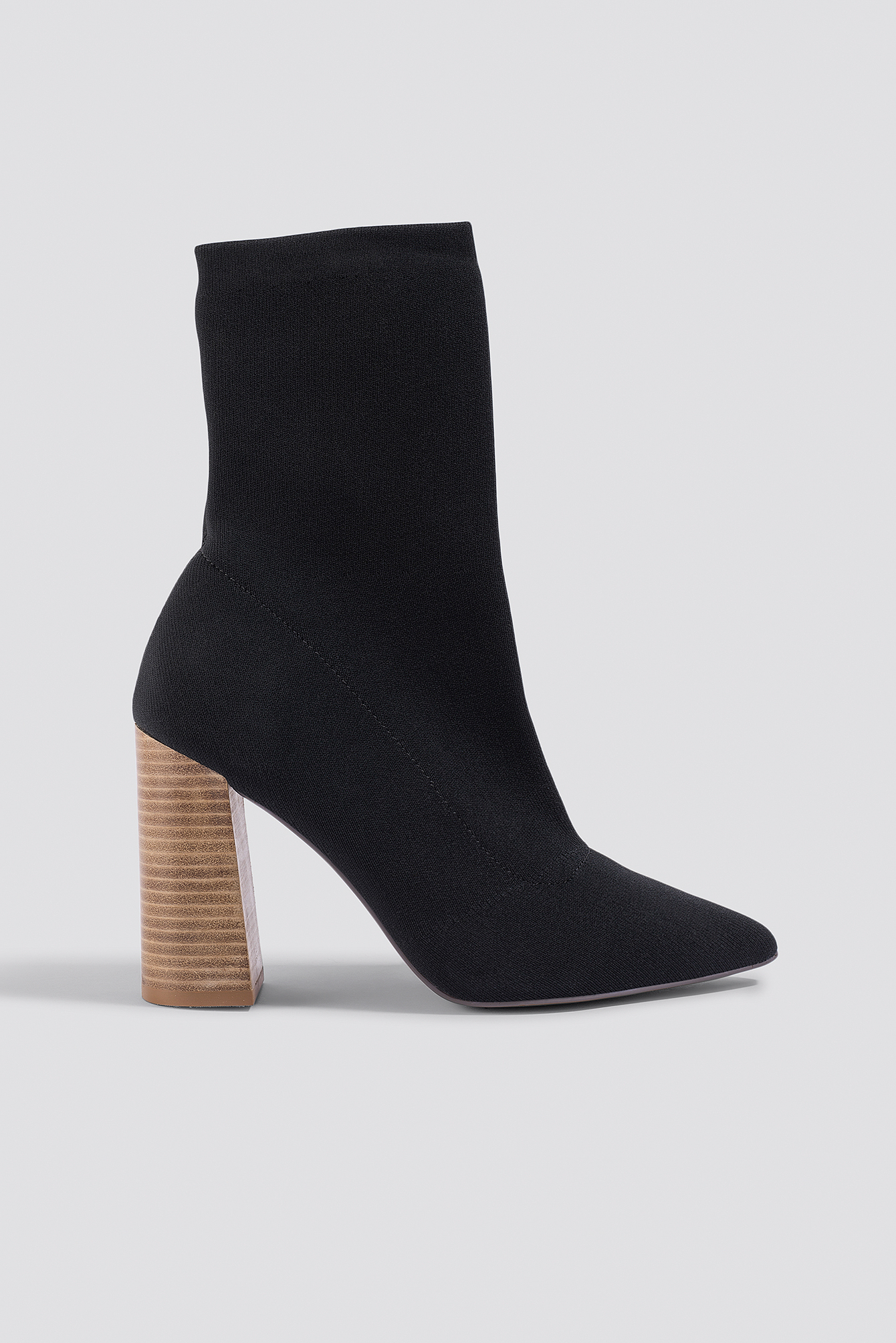 pointed boots with block heel