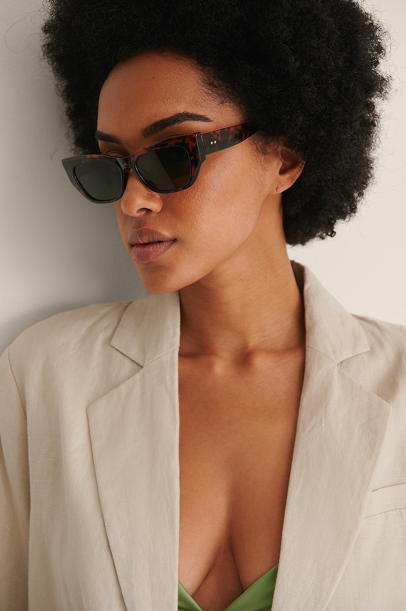 na-kd accessories -  Spitze Cateye-Sonnenbrille - Brown