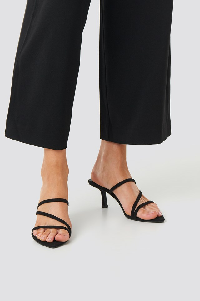 Pointy Front Strappy Sandals Black