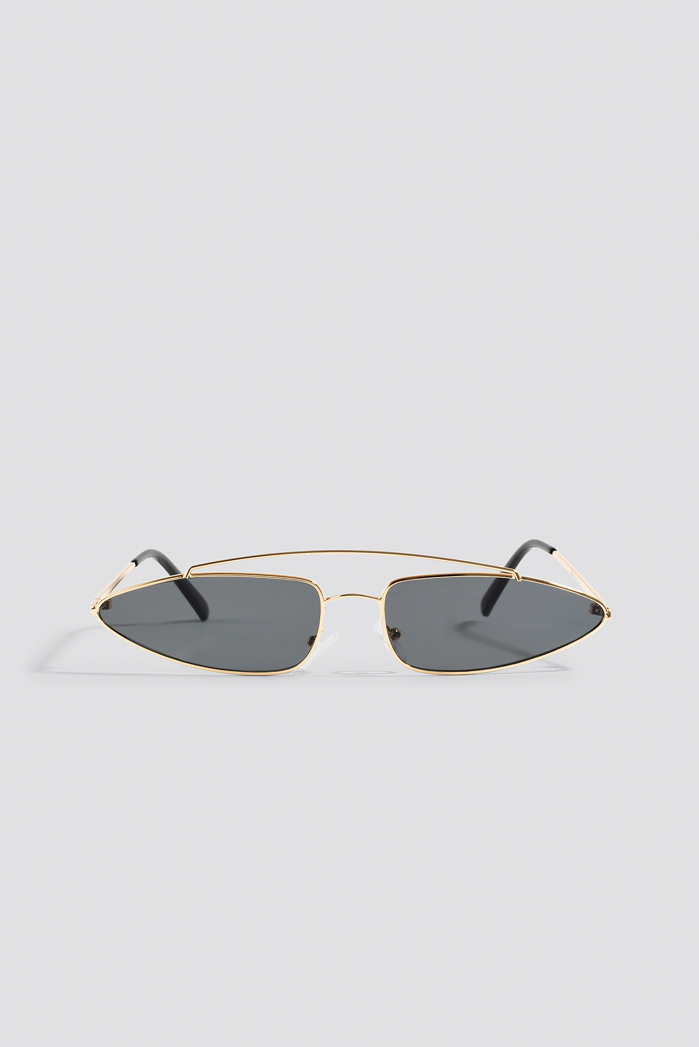 Pointy Metal Bridge Sunglasses NA-KD.COM