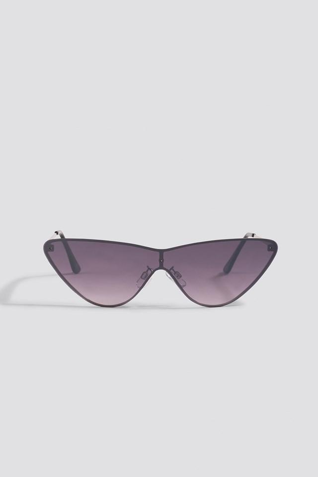 Pointy Metal Frame Sunglasses Black