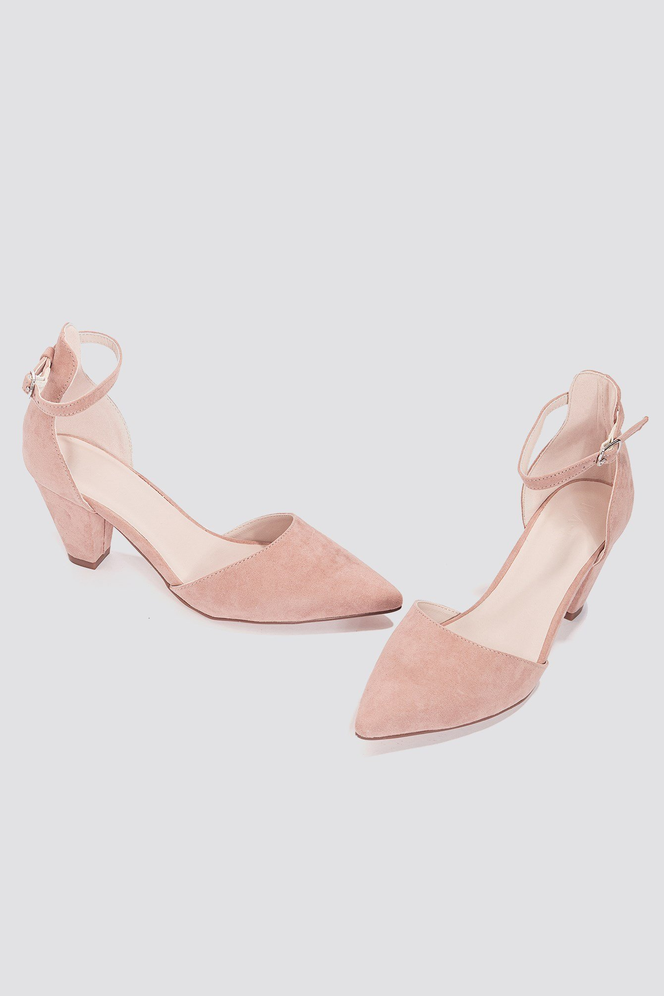 Pointy Mid Heel Pumps NA-KD.COM