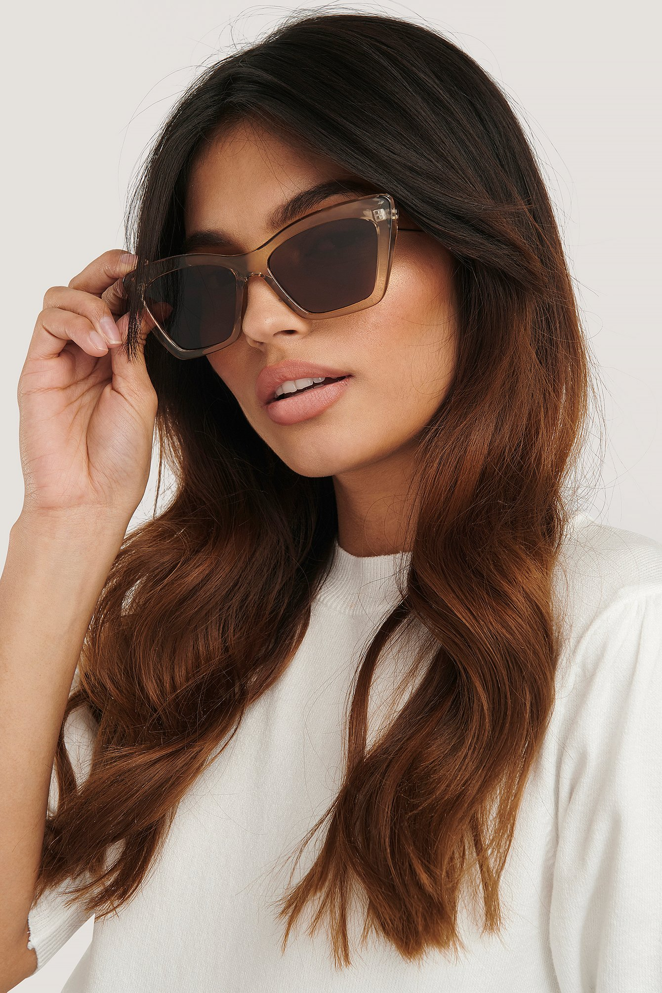 na-kd accessories -  Pointy Squared Cateye Sunglasses - Beige