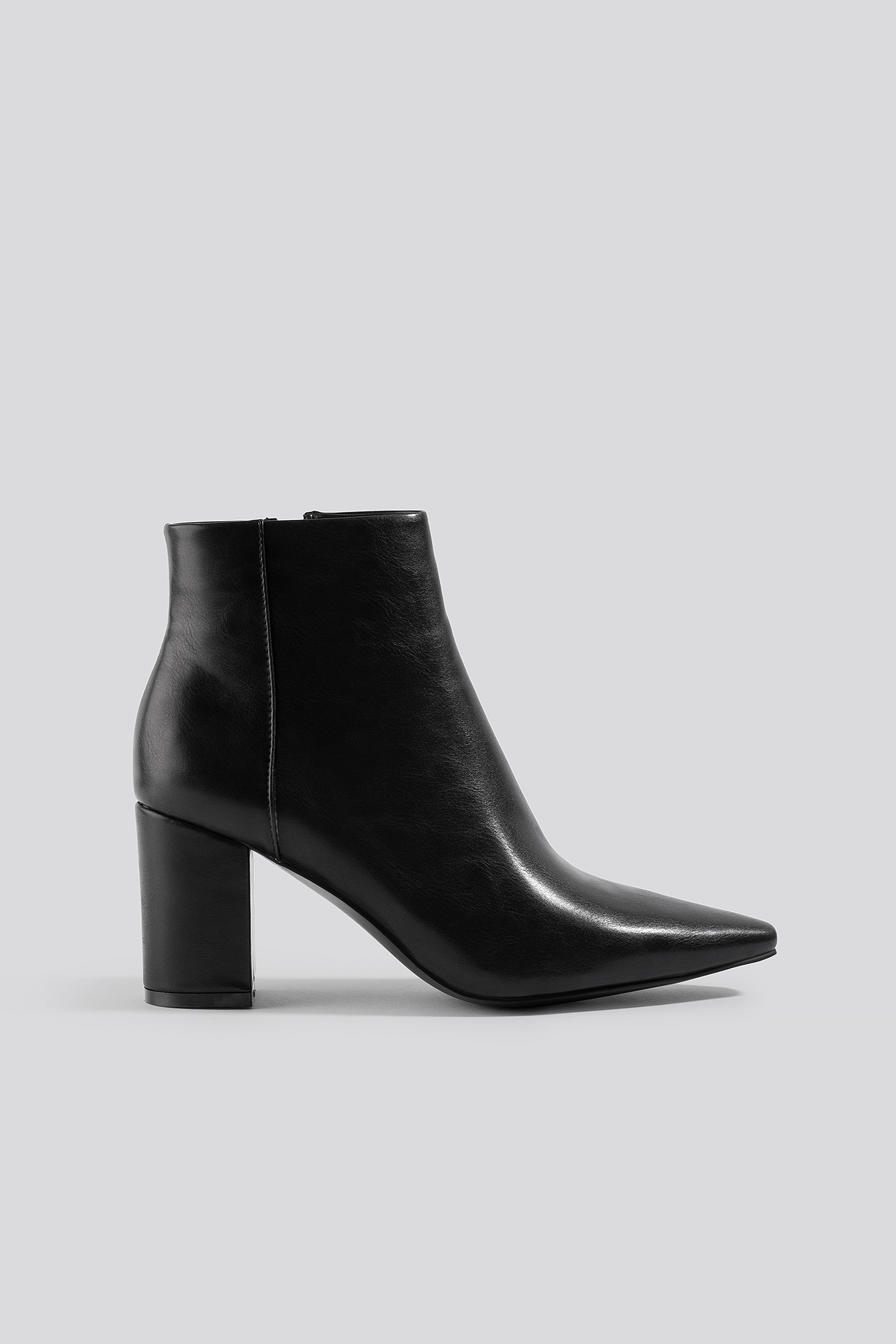 na-kd shoes -  Pointy Toe Ankle Boots - Black