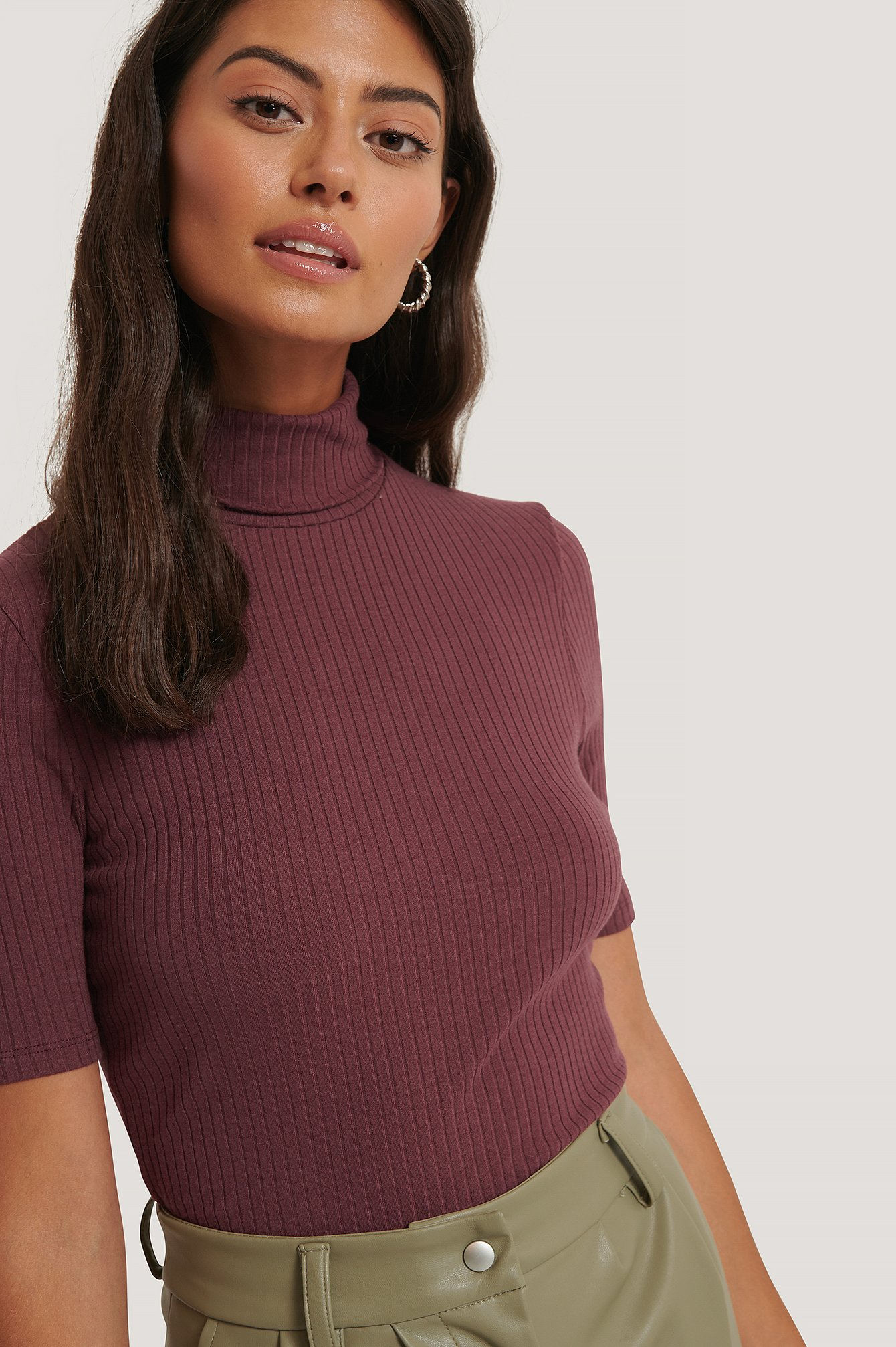 afj x na-kd -  Polo Neck Ribbed Top - Red