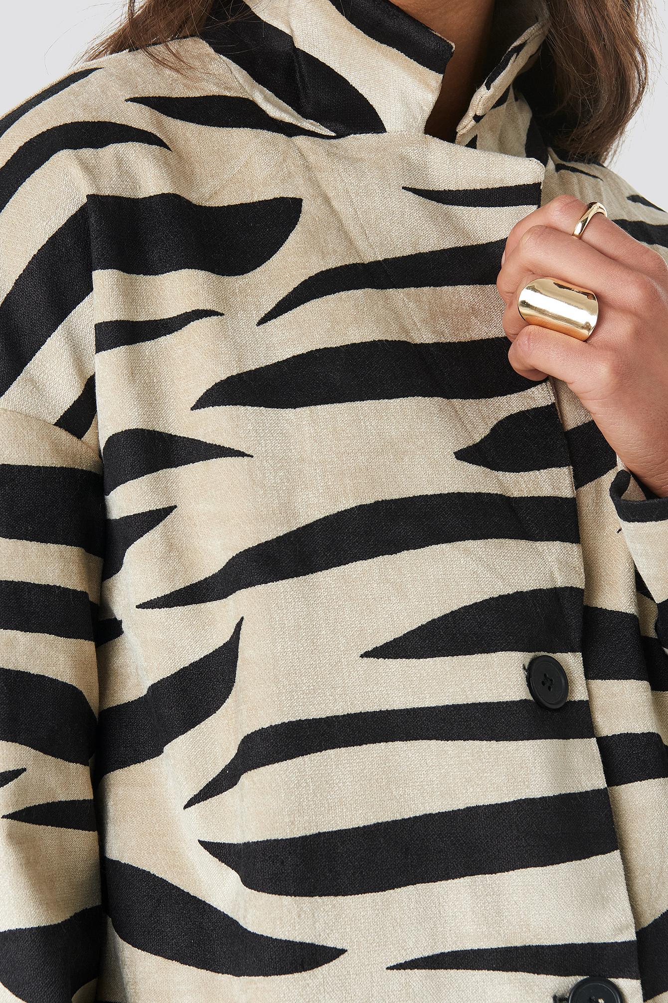 Printed Zebra Jacket NA-KD.COM