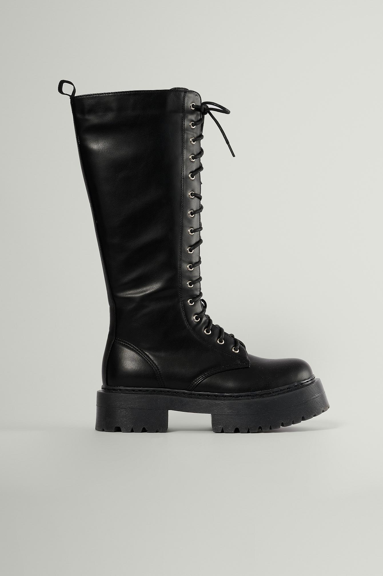 na-kd shoes -  Chunky-Stiefel Mit Schnürschaft - Black