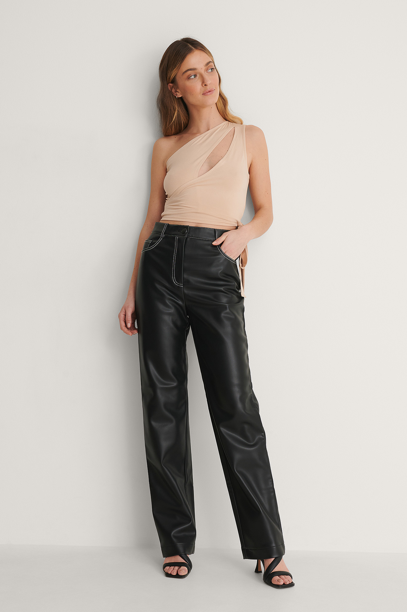 curated styles -  Pu-Hose - Black