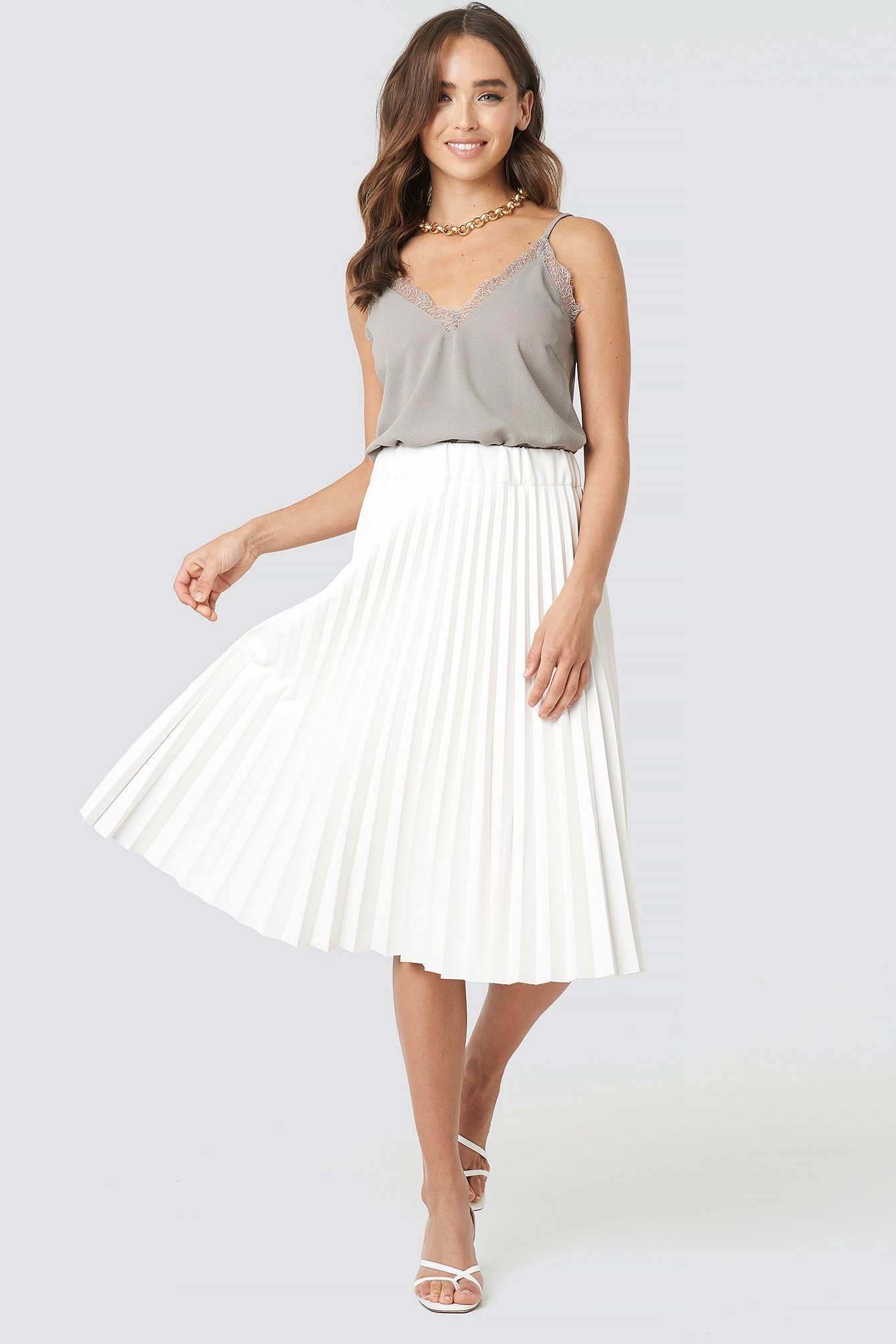 d491a4059 PU Pleated Midi Skirt White | na-kd.com