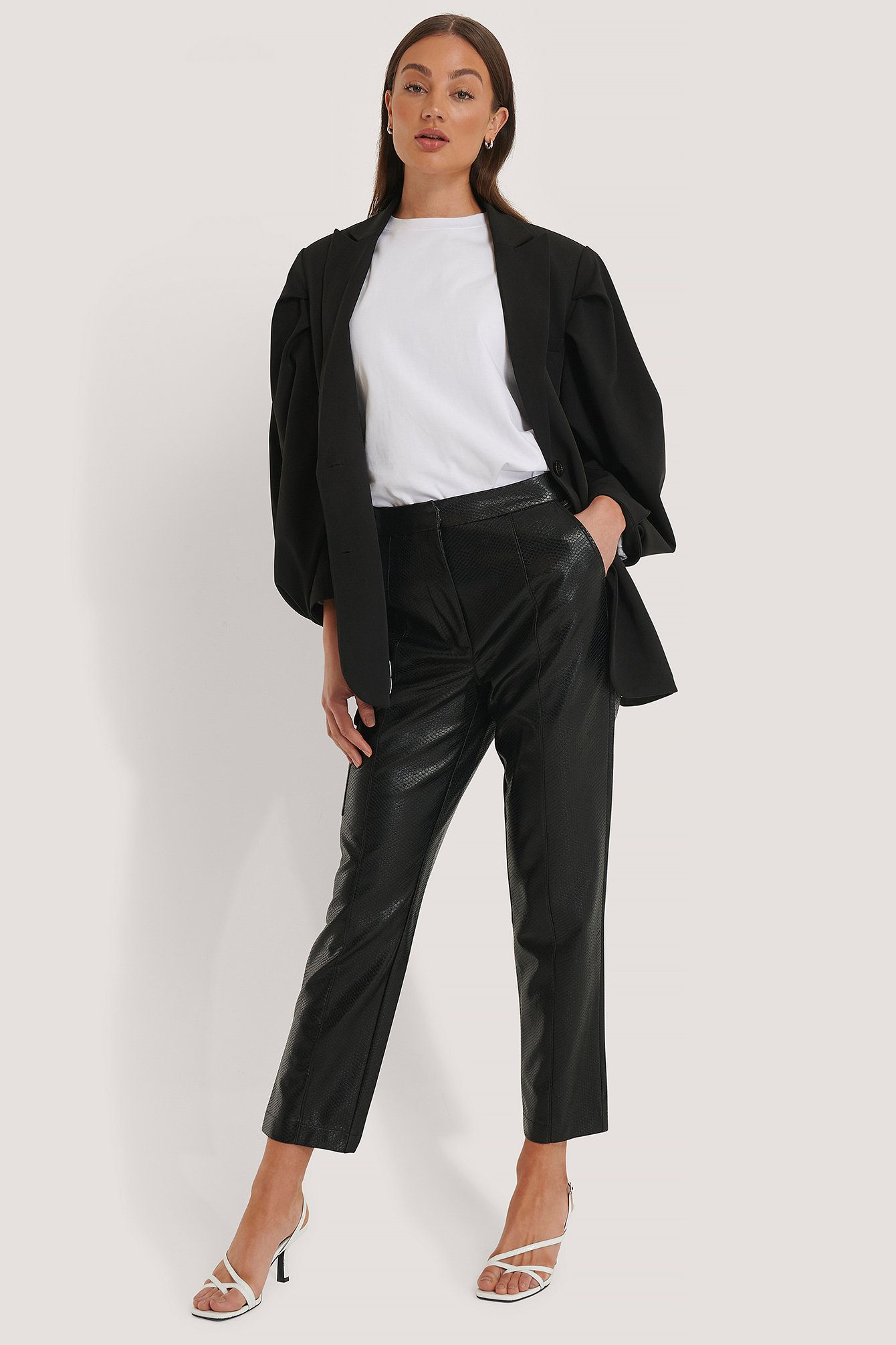 na-kd trend -  Pu-Hose Mit Taschendetail - Black