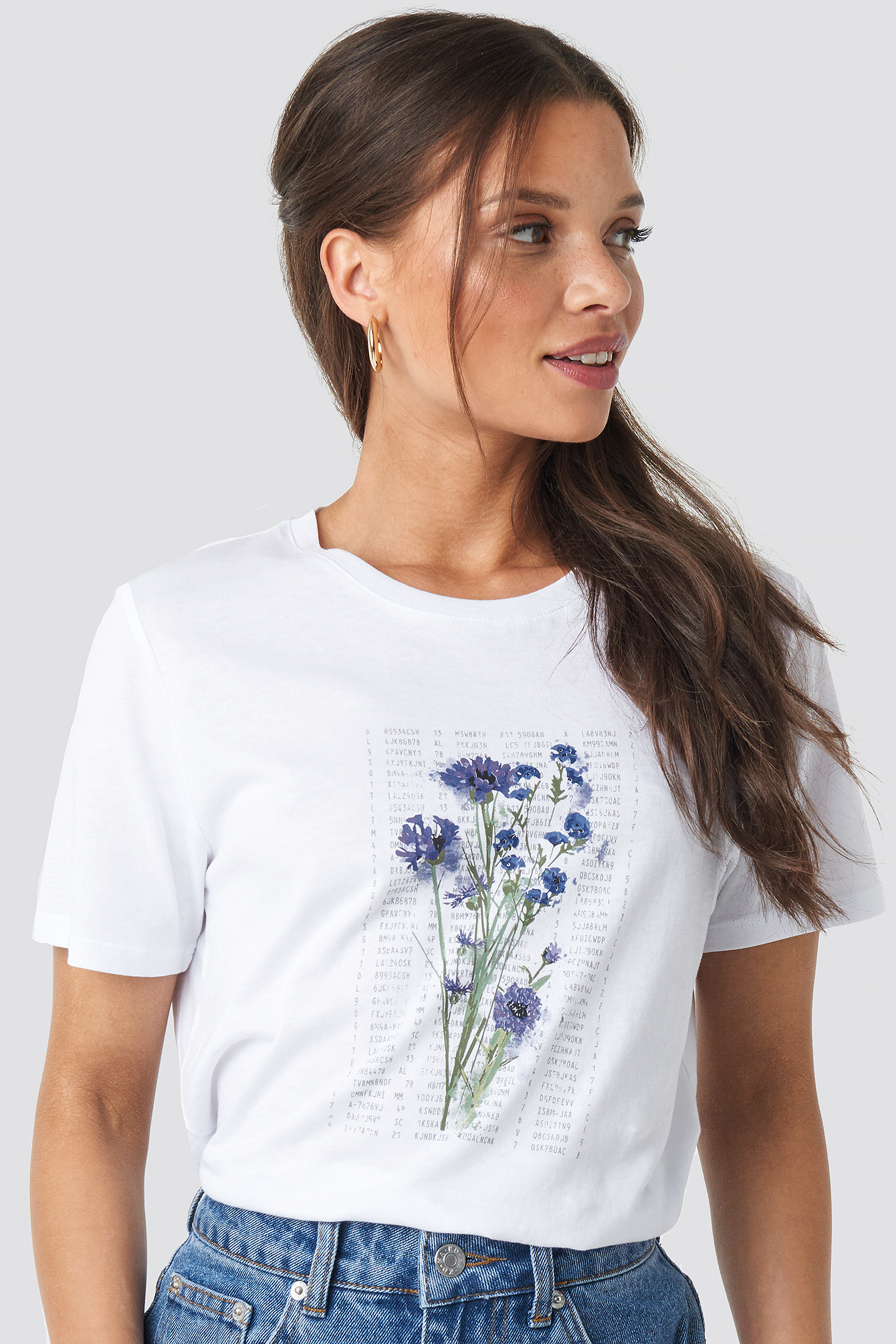 na-kd trend -  Purple Flower Printed Tee - White