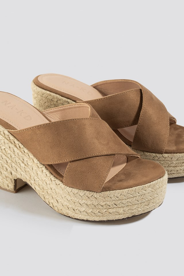 Raffia Block Heel Sandals Brown
