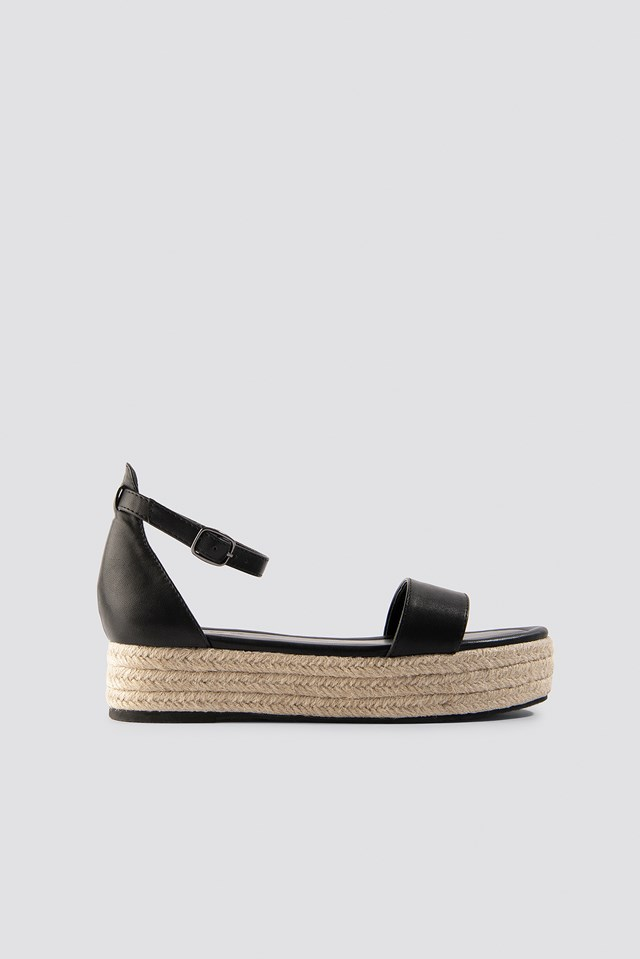 Raffia Flat Sole Sandals Black