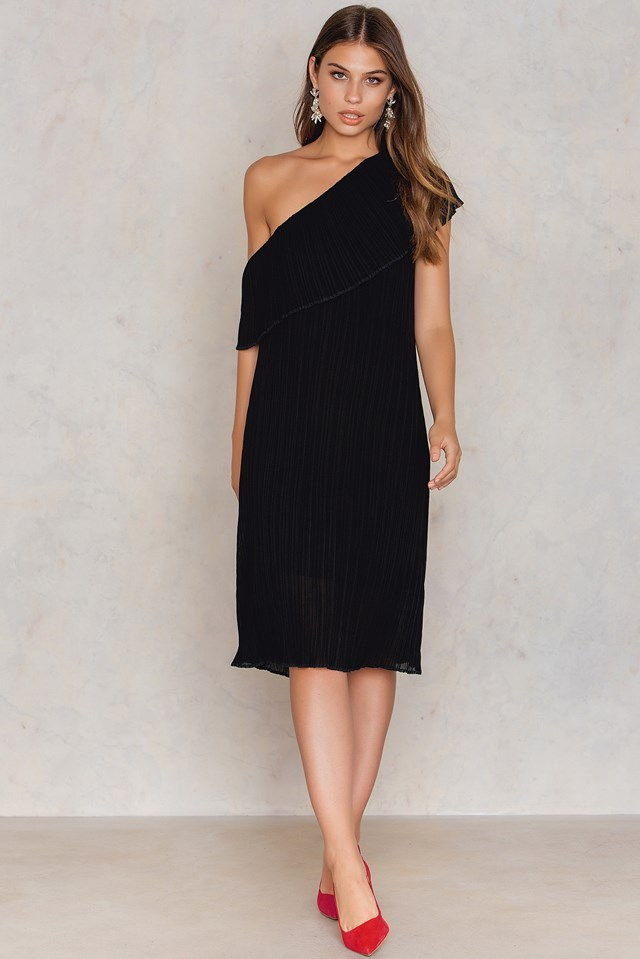 Raw Edge Pleated One Shoulder Dress NA-KD.COM