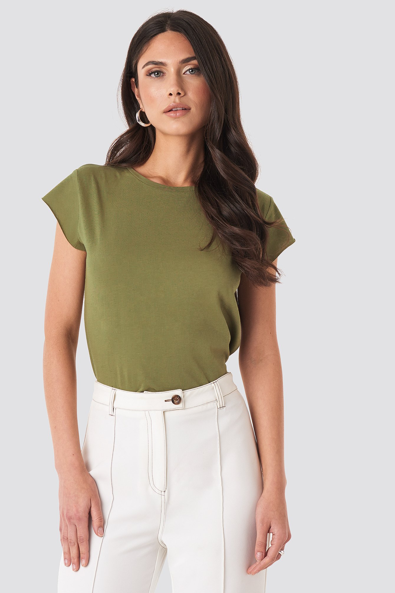 NA-KD Basic T-Shirt Mit Grobem Saum - Green | Bekleidung > Shirts > T-Shirts | NA-KD Basic