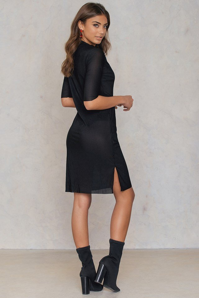 Raw Hem Pleated Dress Black
