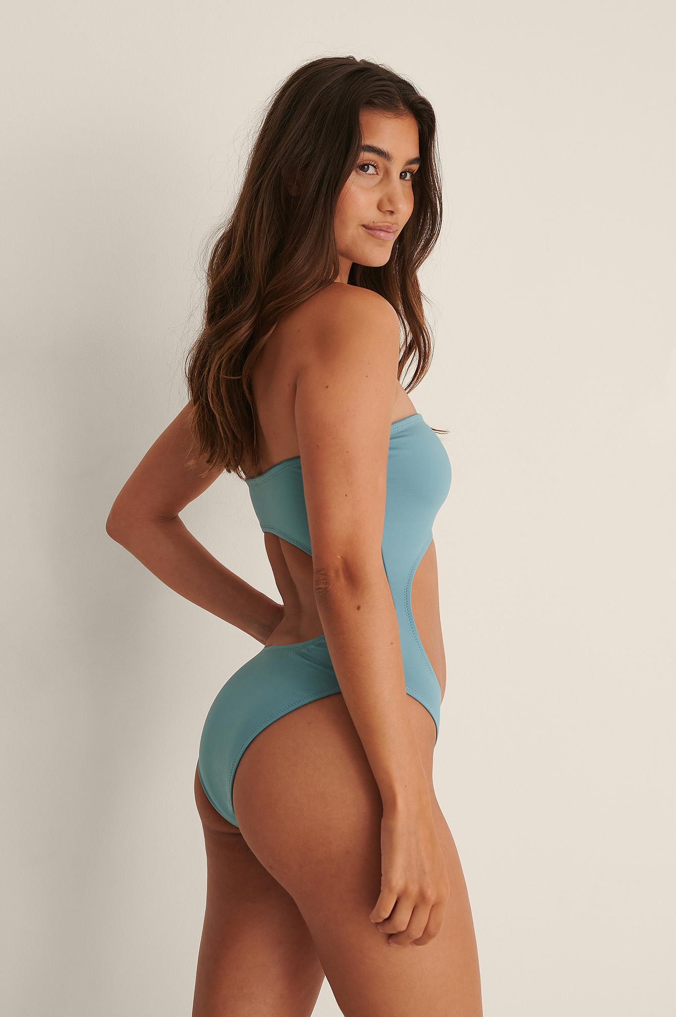 NA-KD Swimwear Badedragt Af Genanvendt Materiale Med Bandeau-Udskæring - Blue