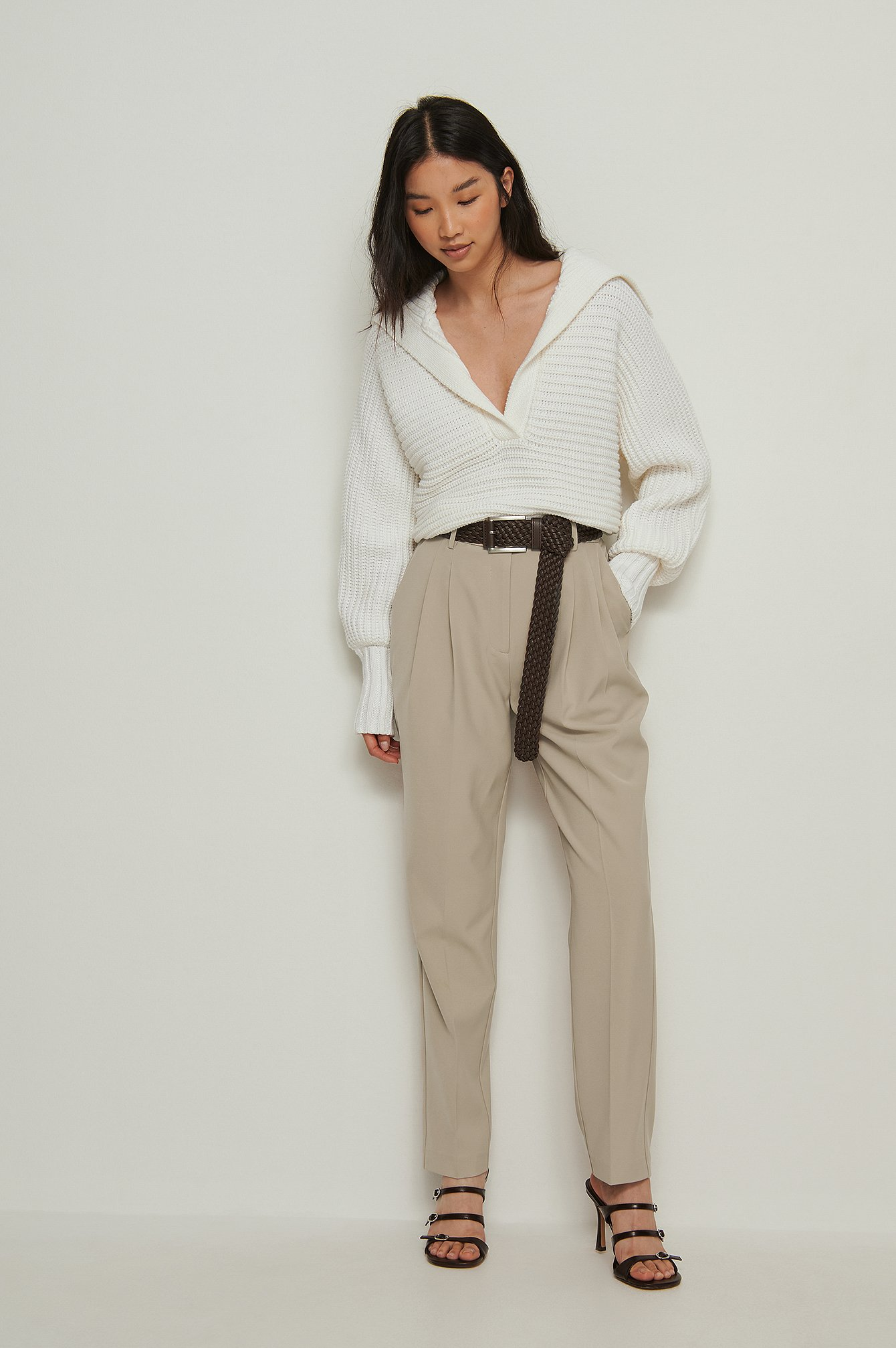 na-kd classic -  Recycelte Cropped-Anzughose Mit Hoher Taille - Beige