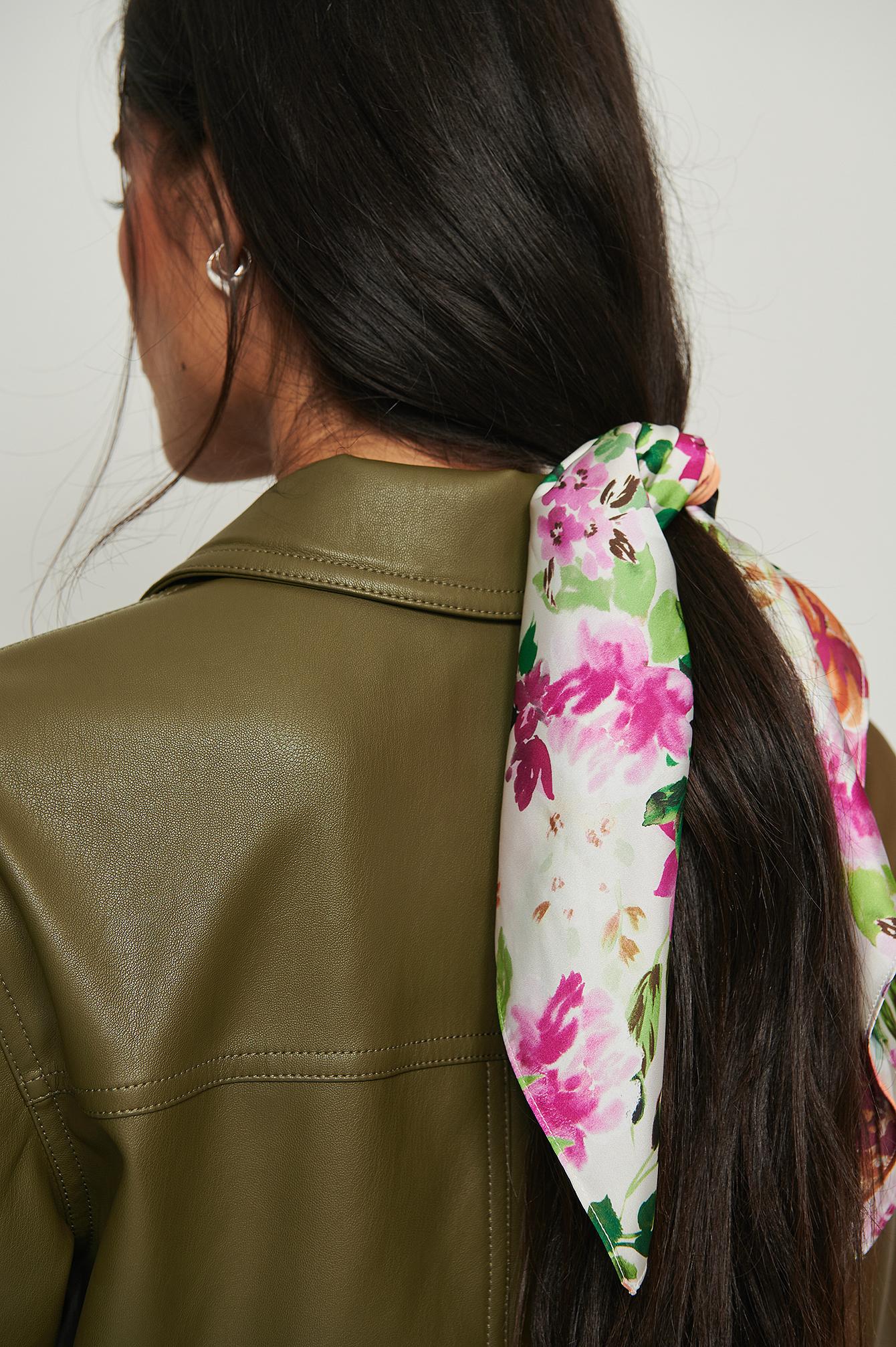 NA-KD Accessories Tørklæde I Genanvendt Materiale Til Håret Med Print - Multicolor