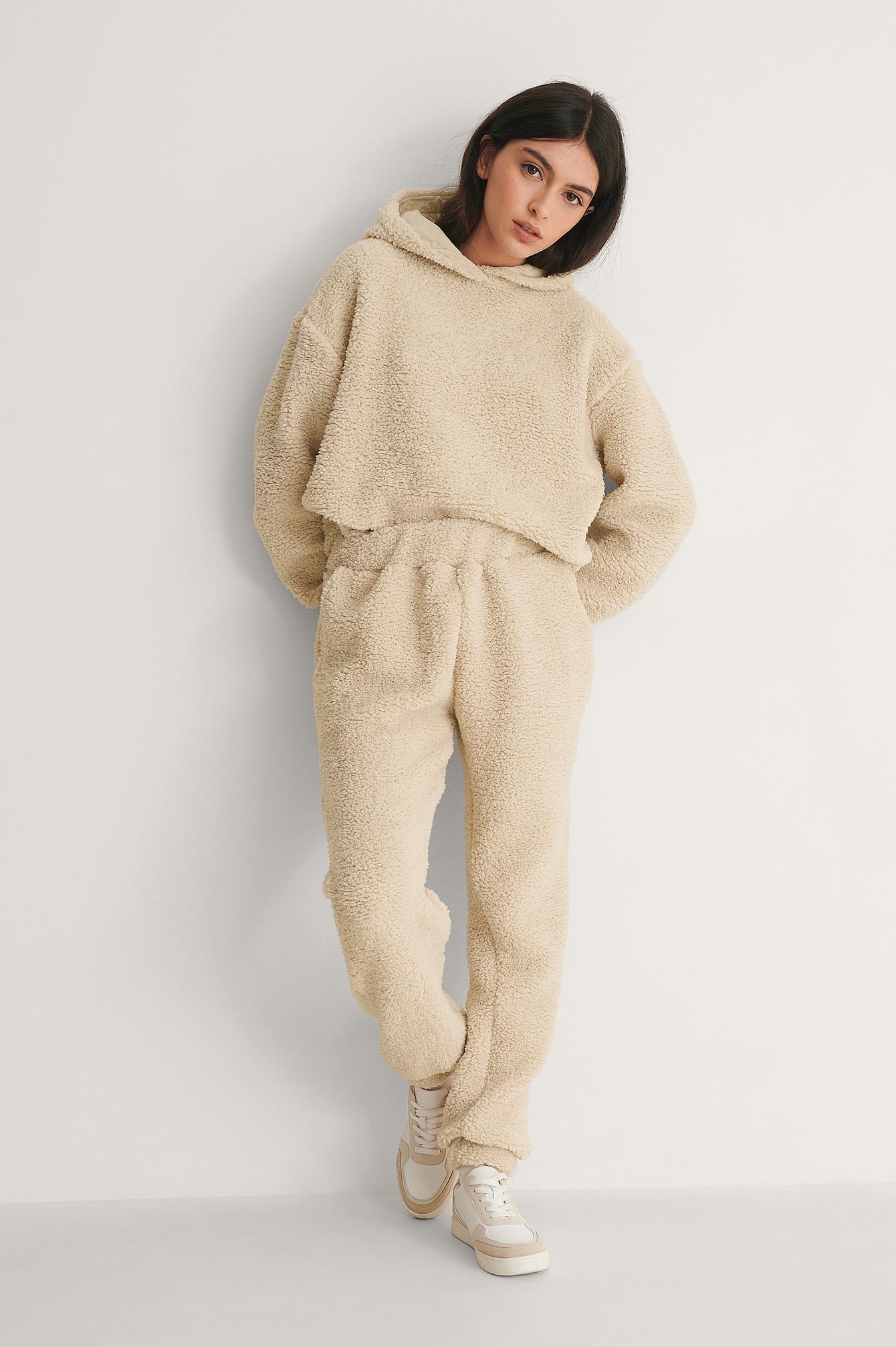 na-kd lingerie -  Recycelt Recycelte Teddy-Jogginghose - Beige