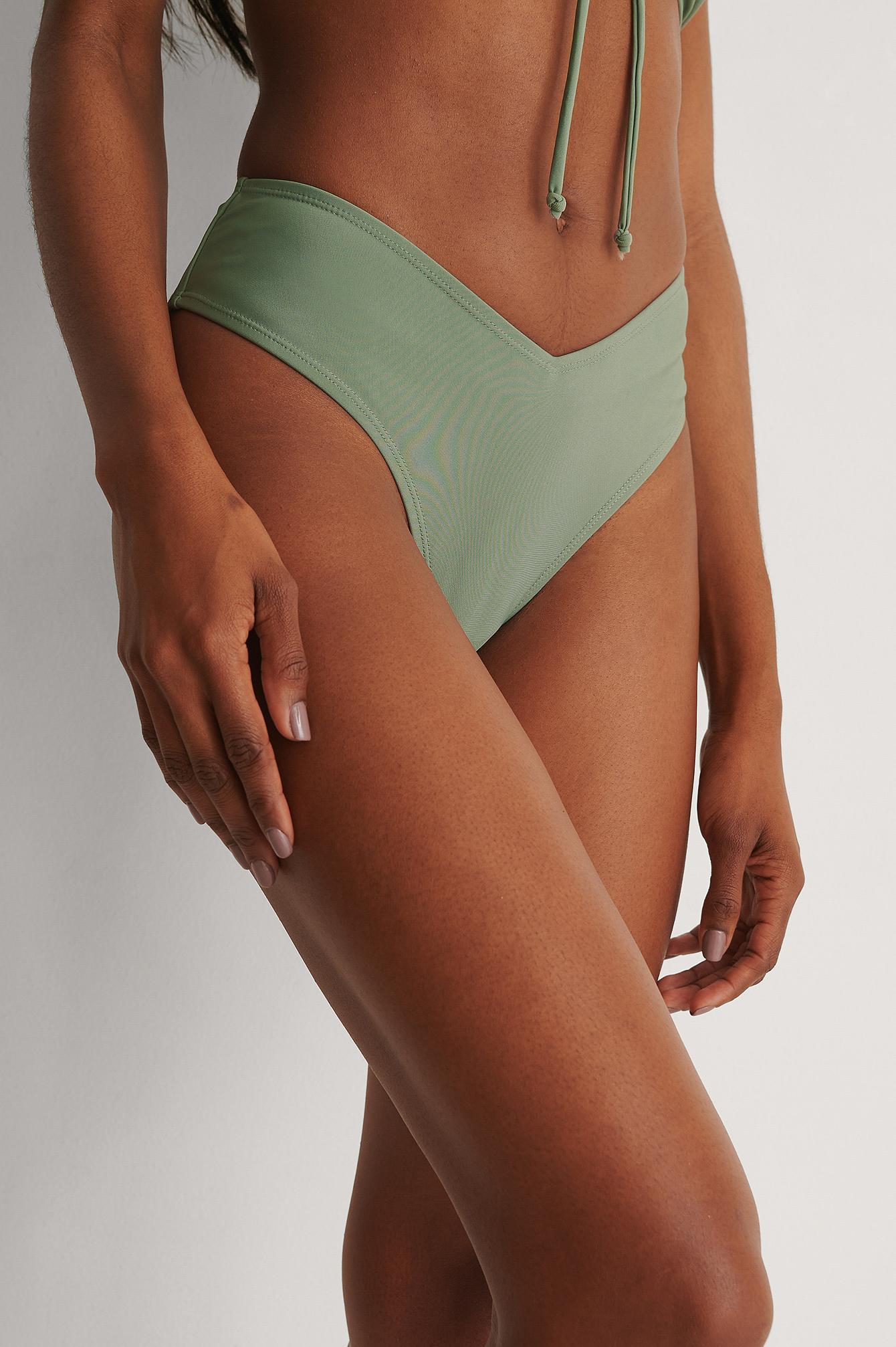 NA-KD Swimwear Bikinitrusse V-Formet I Genanvendt Materiale - Green