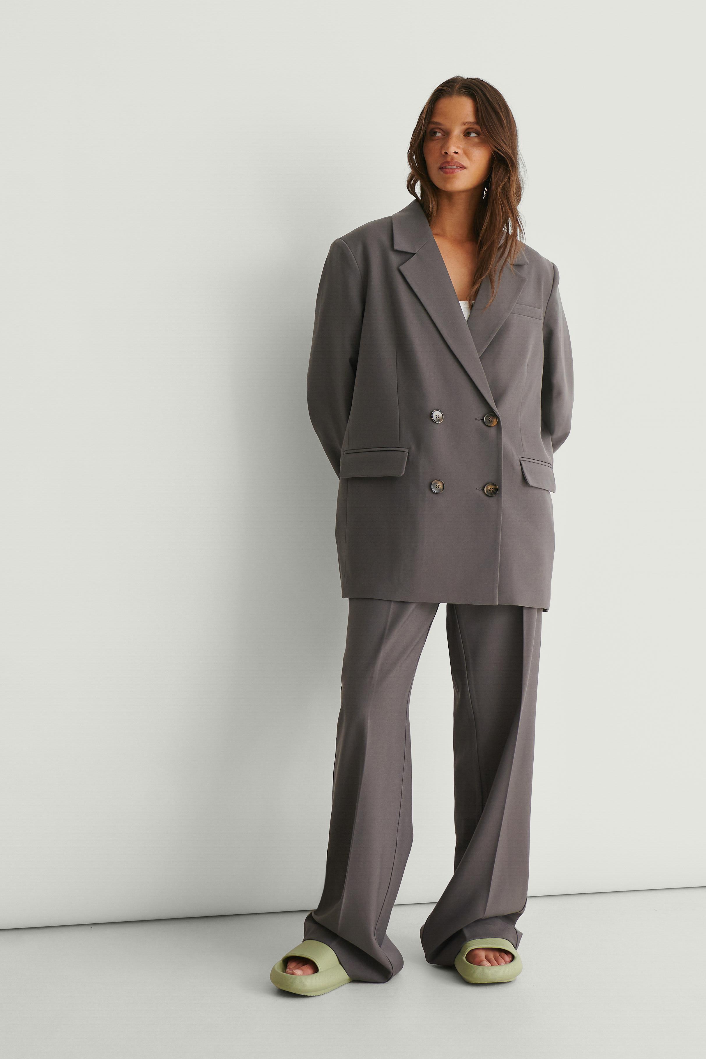 na-kd classic -  Recycelte Zugeschnittene Anzughose - Grey