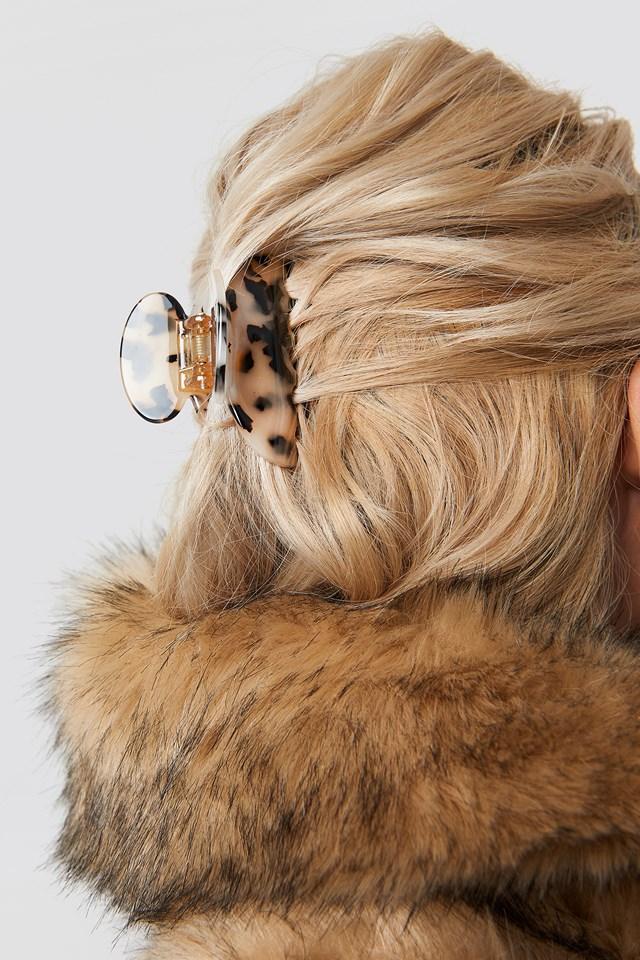Resin Look Hairclips Cream