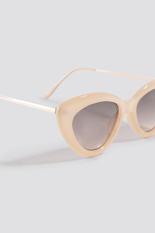 Retro Cat Eye Sunglasses Nude