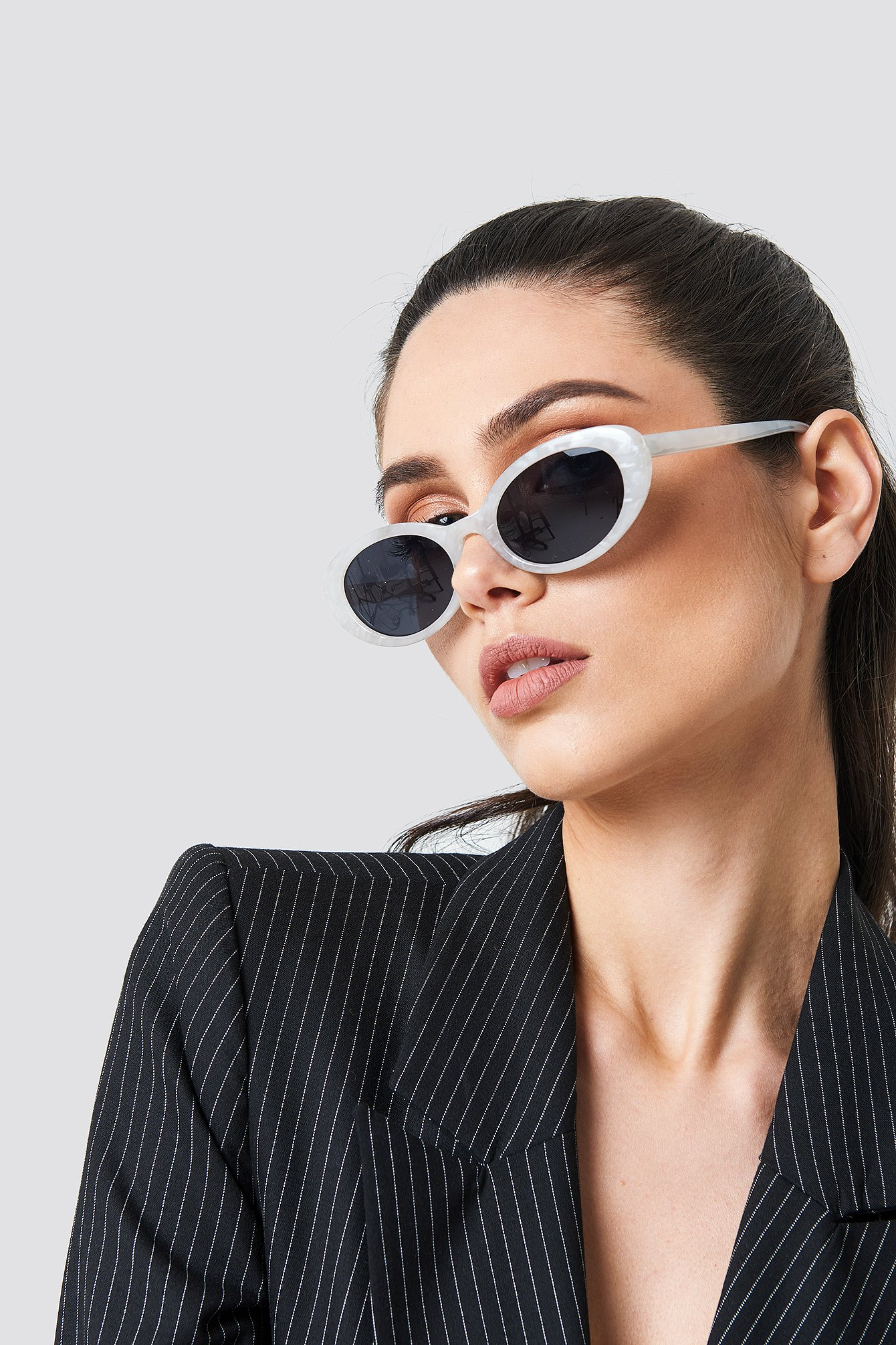 Retro Oval Sunglasses NA-KD.COM
