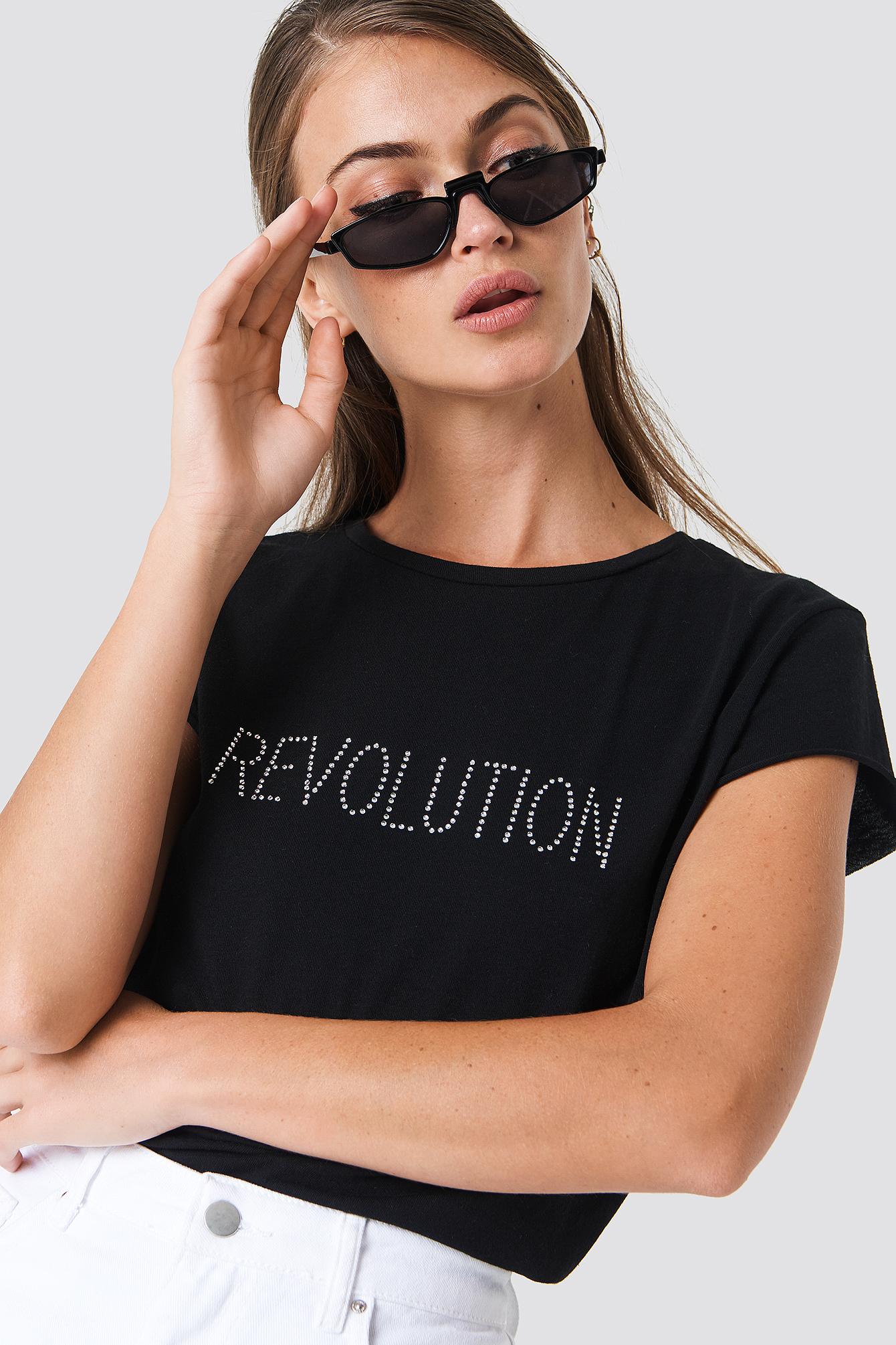 T-shirt z błyszczącym napisem Revolution NA-KD.COM