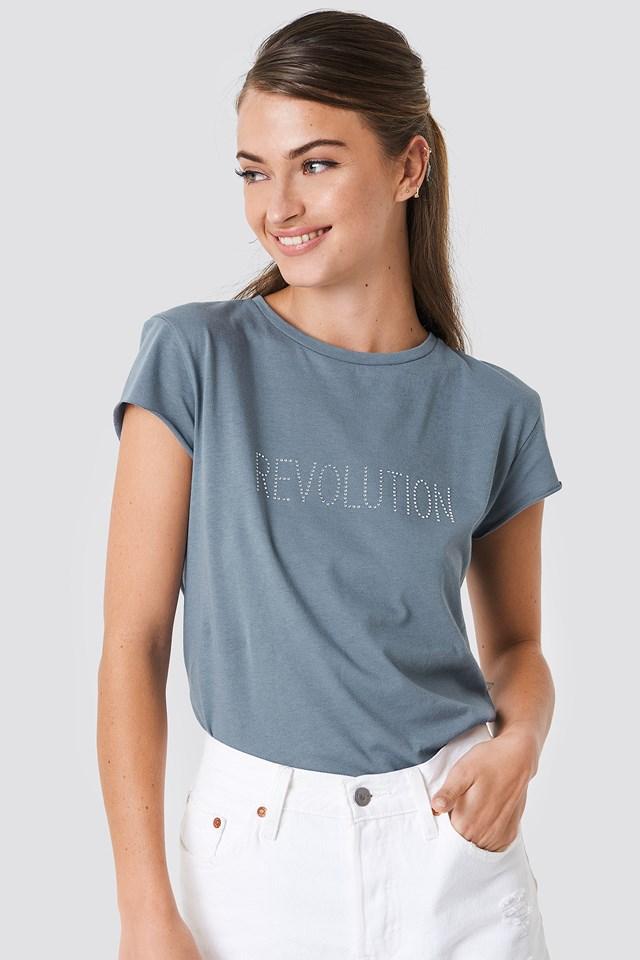 Revolution Glittery Tee NA-KD