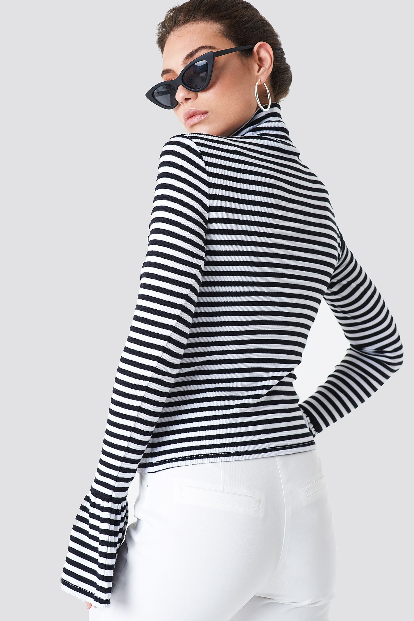 Ribbed Bell Sleeve Top NA-KD.COM