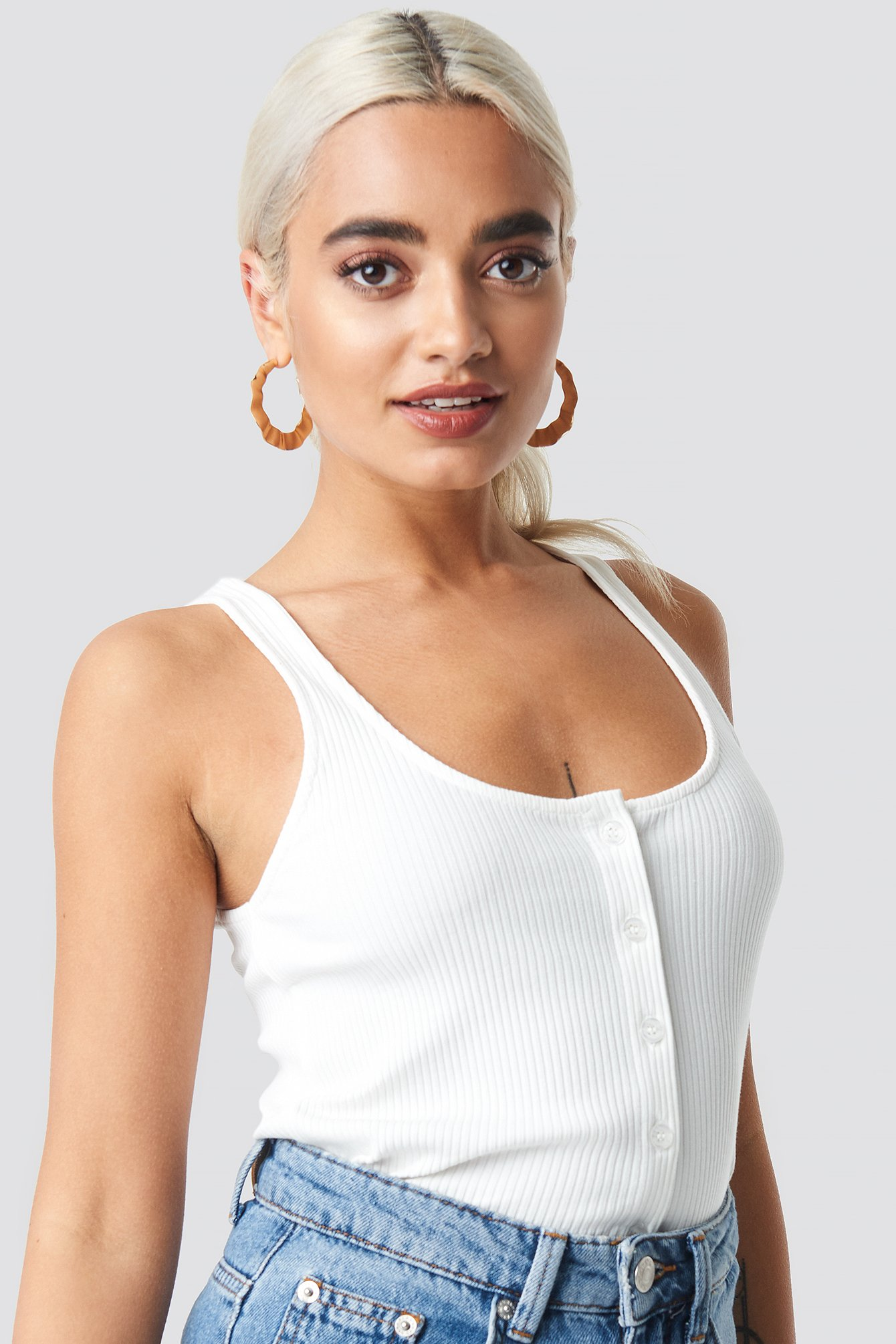 Ribbed Cropped Button Top NA-KD.COM