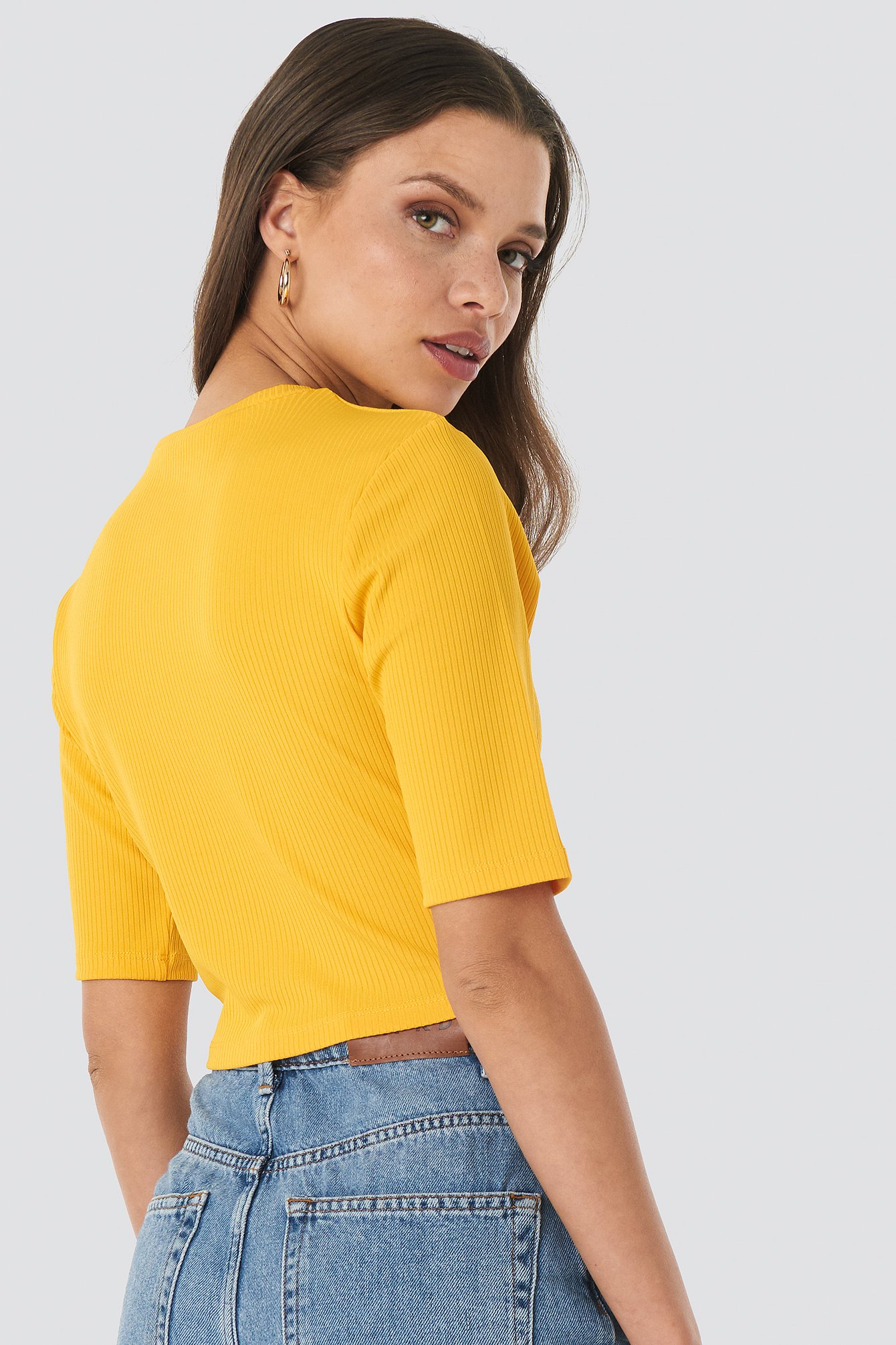 Ribbed Cropped Top NA-KD.COM