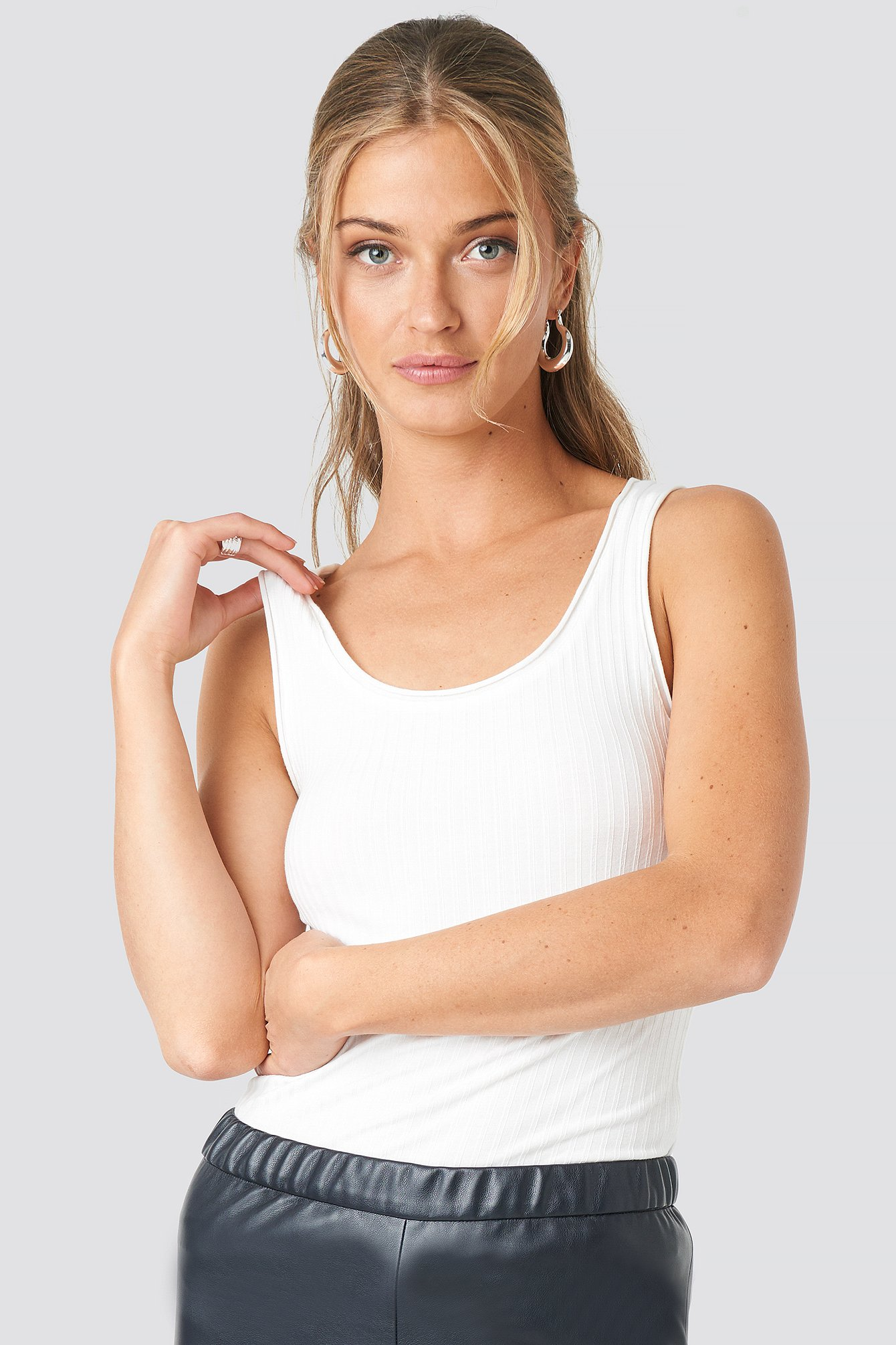 NA-KD Trend Ribbed Deep Neck Top - White