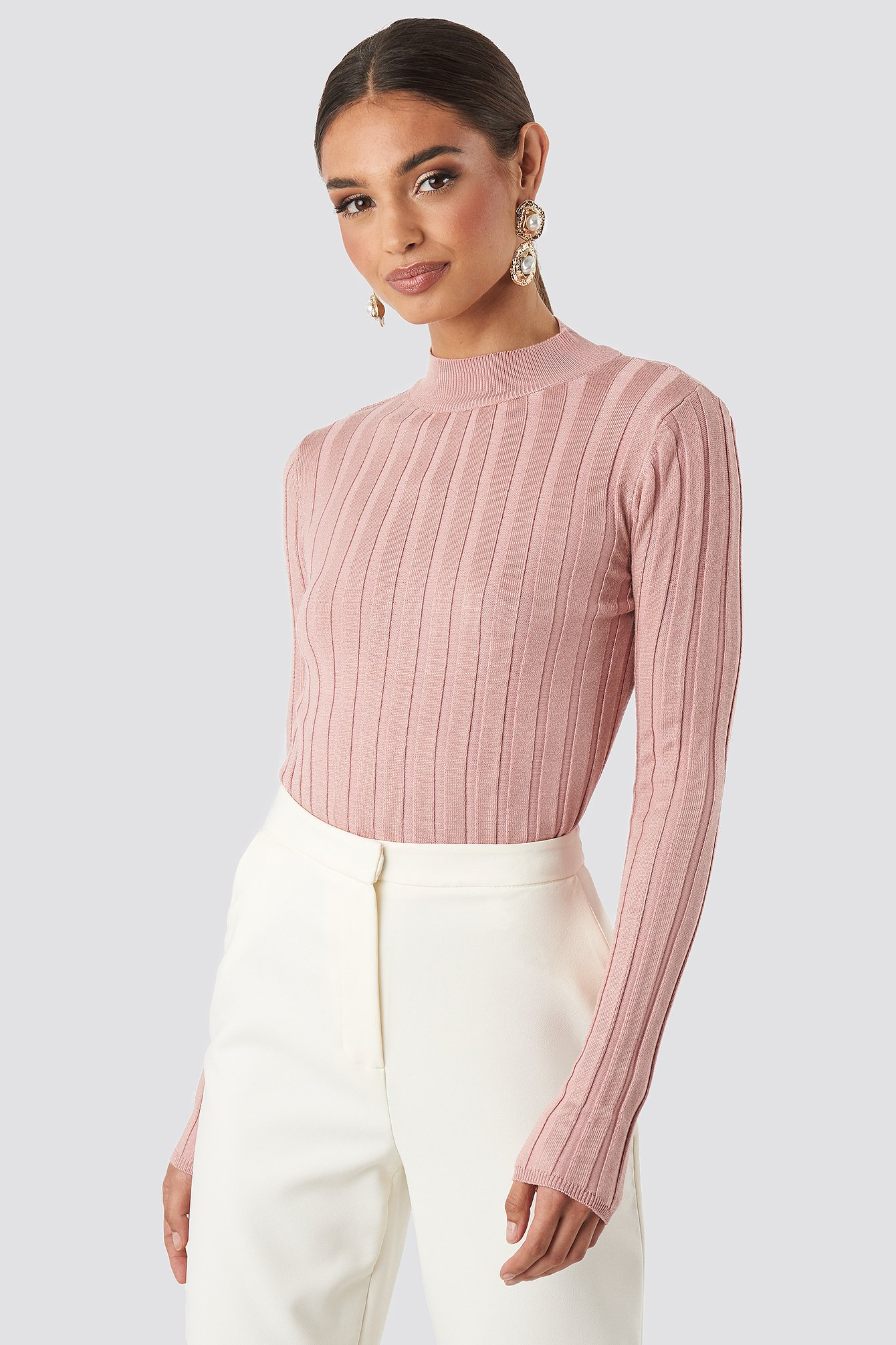 Pink ribbed sweater