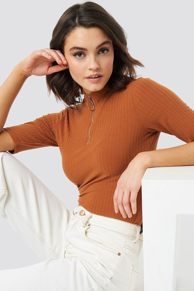 Ribbed High Neck Top Rust