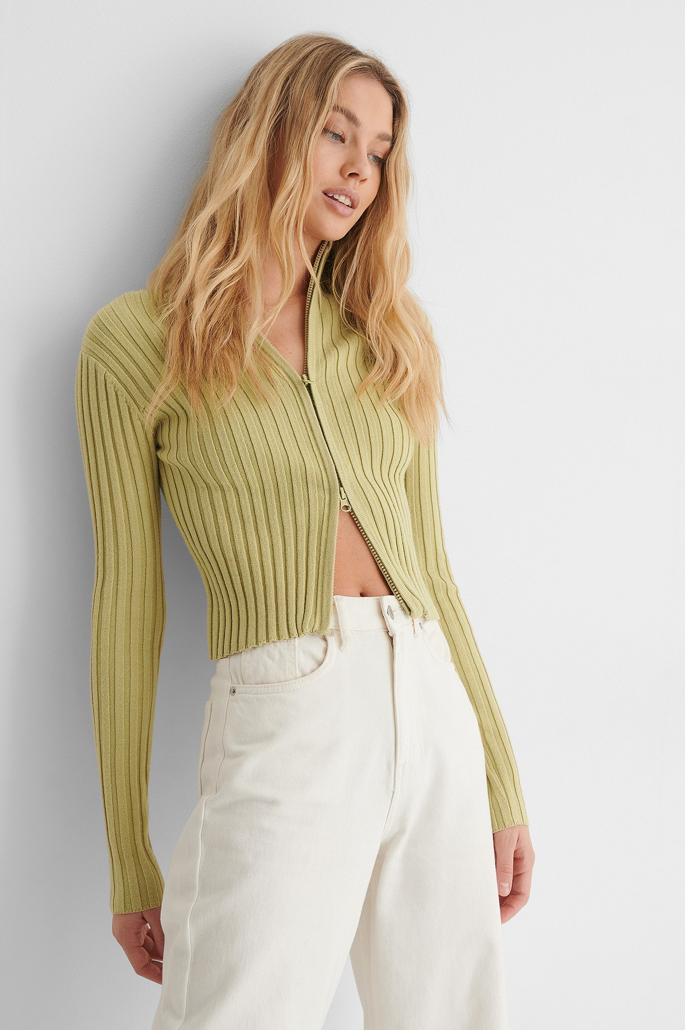 Light Green Ribbed High Neck Zipped Knitted Sweater