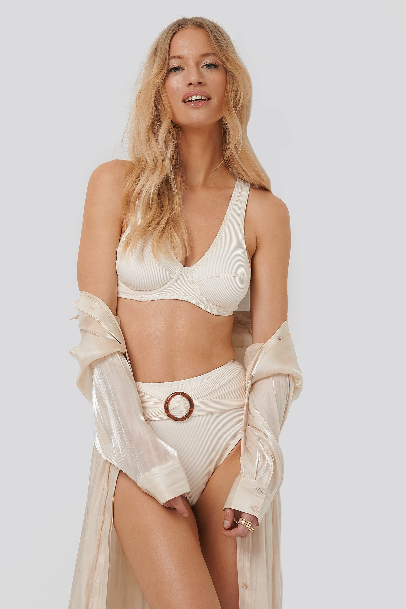 NA-KD Swimwear Ribbed High Waist Buckle Bikini Panty - White | Unterwäsche & Reizwäsche > Panties | NA-KD Swimwear
