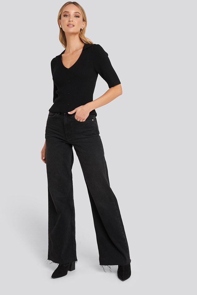 Ribbed Knitted Buttoned Top Black