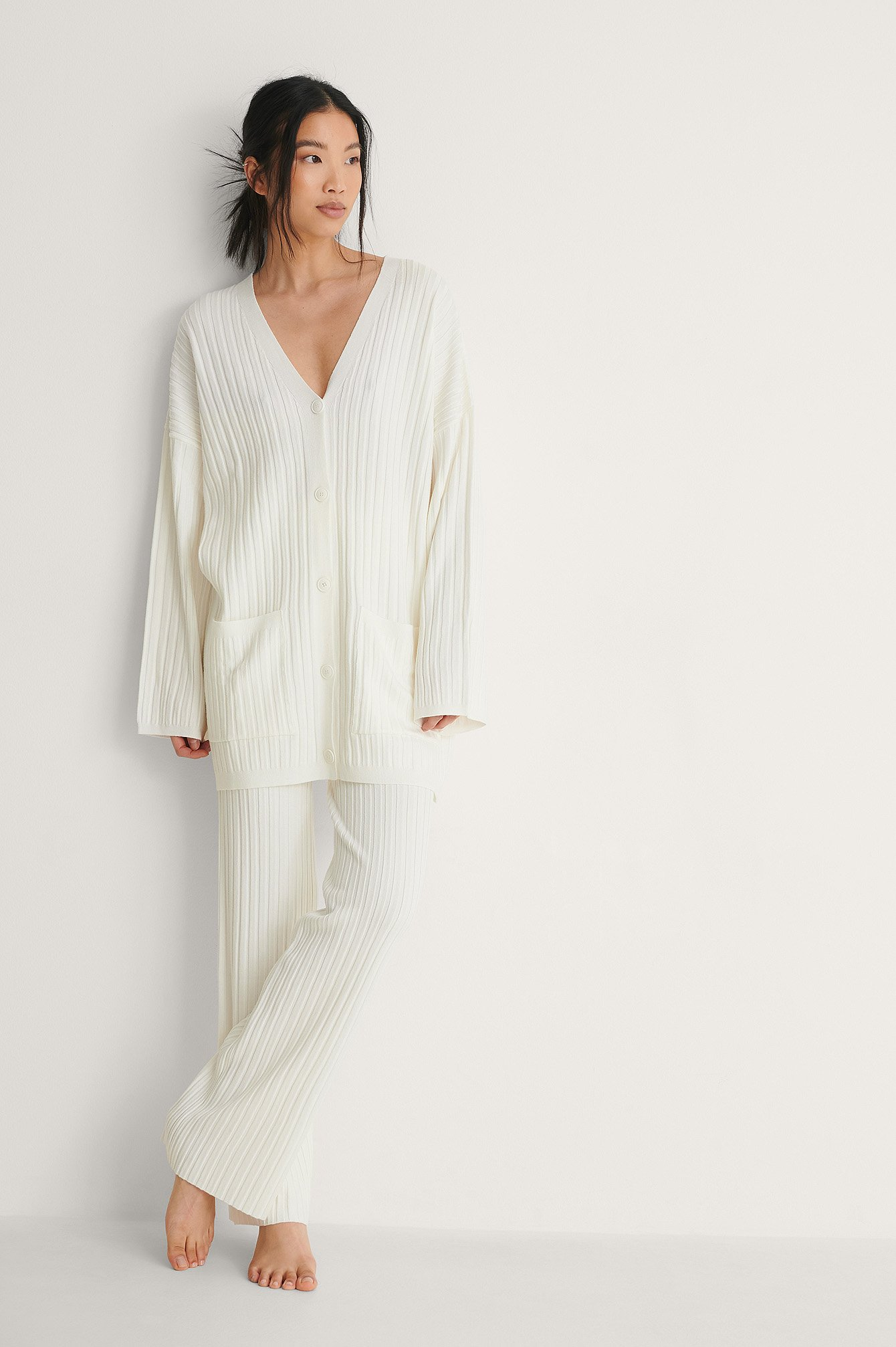 White Ribbed Knitted Oversized Cardigan
