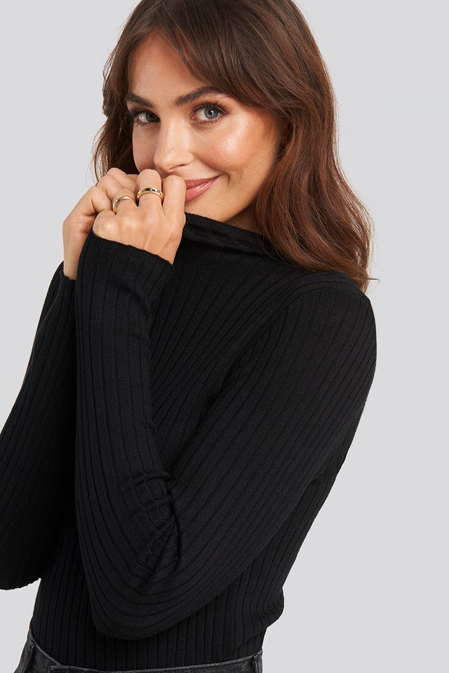 Ribbed Knitted Polo Sweater Black