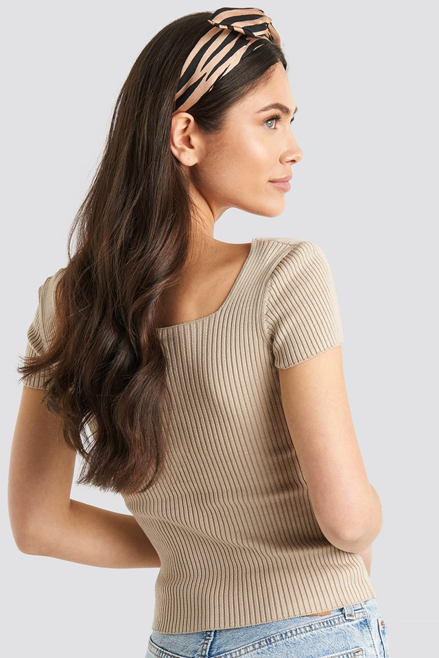 Ribbed Knitted Short Sleeve Top Beige