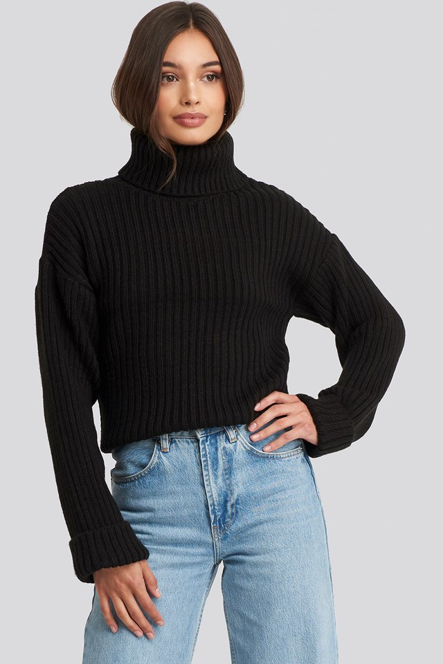 Ribbed Knitted Turtleneck Sweater Black