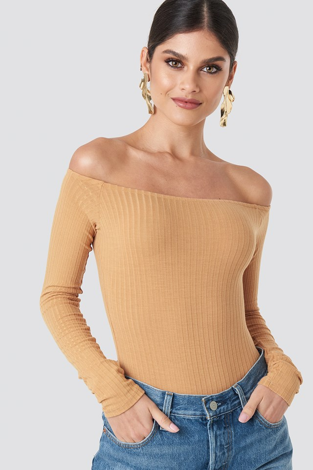 Ribbed Off Shoulder Body Beige