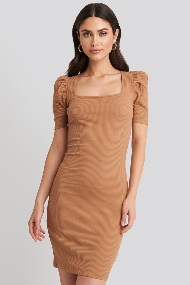 Ribbed Puff Sleeve Dress Tan